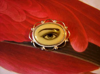 Eye_brooch_1